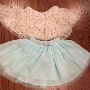 EUC Lot Oshkosh Genuine Kids 4T Set of 2 Tulle
